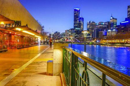 australia-Melbourne-Quay