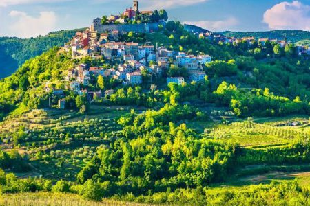 Croatia-Istria-Motovun-Medieval-Village