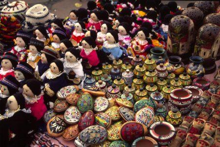 Ecuador Otavalo market