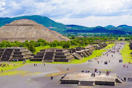 Mexico - teotihuacan pyramids - aztec