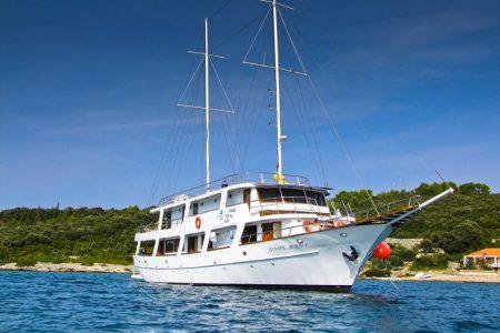 Croatia-cruise-sailing-ship